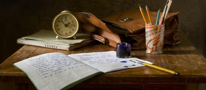 高中文凭考本科自考好还是成人高考?